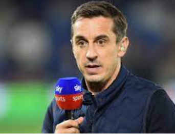 Gary Neville has said Manchester United are still playing poorly as a team